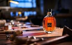 Subastan botella de whisky de 50 años en 54 mil dólares